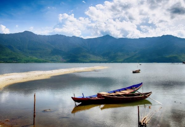 Hoi An to Hue By Private Car Transfer- Hoi An Private Taxi