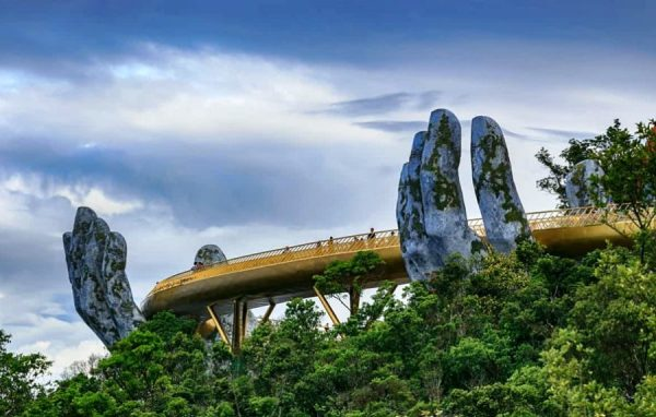 Hoi An to Ba Na Hills by private car- Hoi An Private Taxi
